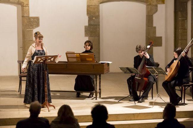 TZ - Hudbu ze sbírek českých barokních klášterů představí na festivalu Za poklady Broumovska soubor Victoria Ensemble