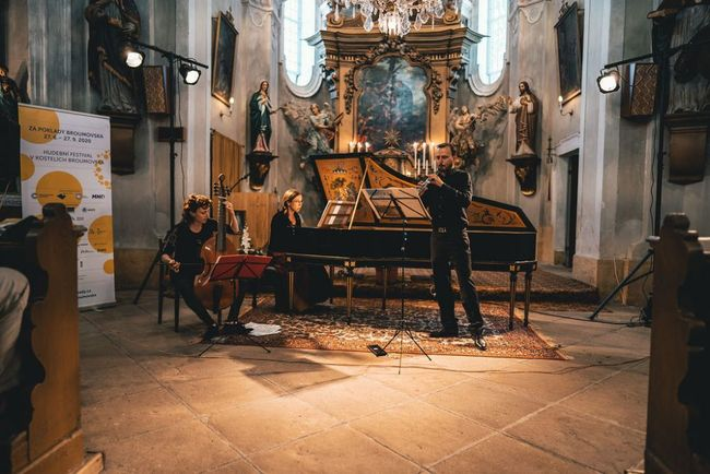 2020 | Martin Daněk, Monika Knoblochová, Mélusine de Pas