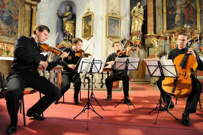 2009 | Bennewitzovo kvarteto