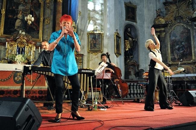 2010 | Jazzová formace Théa a Jana Koubková
