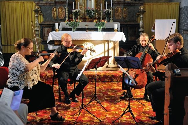 2013 | Helena Suchárková-Weiser, Vlachovo kvarteto